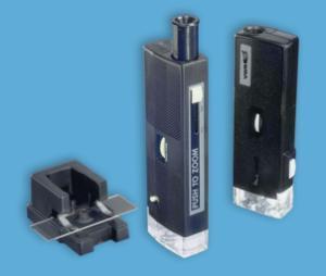Illuminated portable microscopes